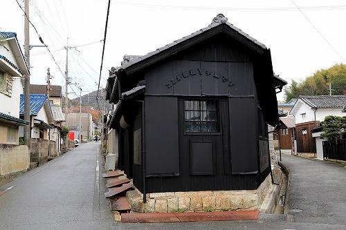 1812yajiro02.jpg