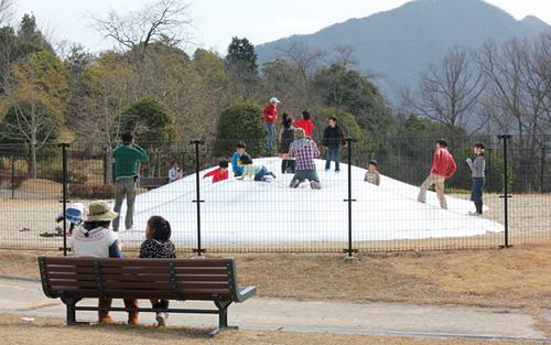日本へそ公園の宇宙っ子ランド「ふわふわドーム」