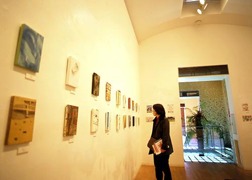 西脇市岡之山美術館の「作品が展示されているギャラリー」
